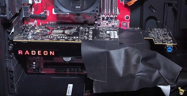 AMD Vega-Grafikkarte (Prototyp von der CES 2017)