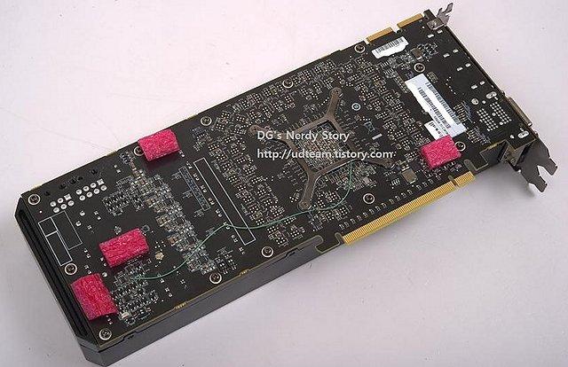 AMD Hawaii-Sample (Rückseite)